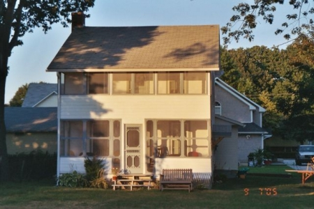 Charming Quiet Updated 1921 Cottage at West Beach Connecticut