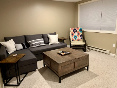 Newly Renovated Studio just steps from the Sawduster lift!