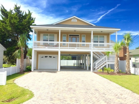 Cherry Grove - Pool, hot tub, two blocks to beach and very near to golf