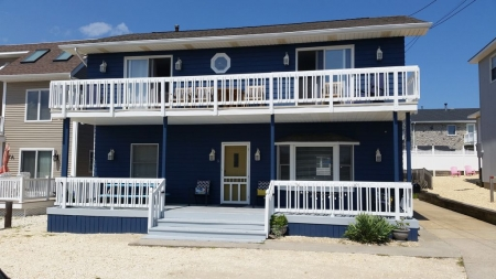 Lavallette Beach House. 4th House from the Beach.  FALL RENTALS AVAILABLE