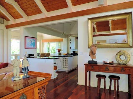 Kauai oceanfront vacation rental home which is ideal for your swimming or snorkeling vacat