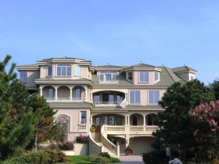 Large elegant luxury oceanfront home