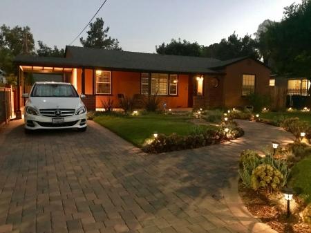 Family Home - Yard, BBQ, Pool, near Universal Studios, Hollywood & Beverly Hills