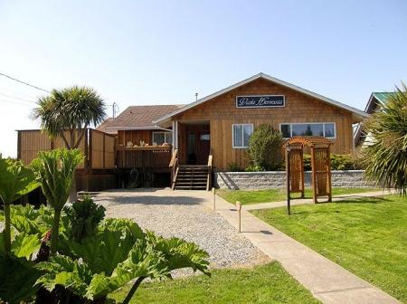 Tofino Oceanfront House - Vista Hermosa