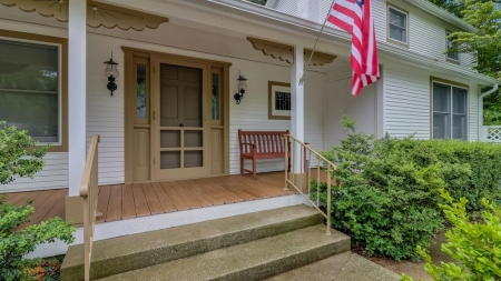 Downtown Saugatuck Home w/ Hot Tub & Private Patio