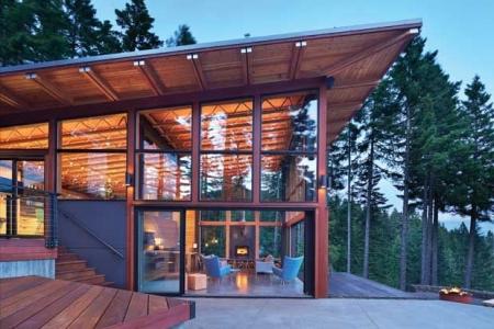 Luxury Lakefront 6 Bdrm Plus Bunk Room Mini Resort - Private Pool - Hot Tub