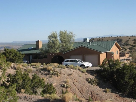Beautiful & Gracious Accommodations in the Sandia Foothills